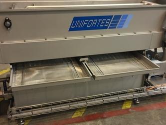 UNIFORTES egg washers