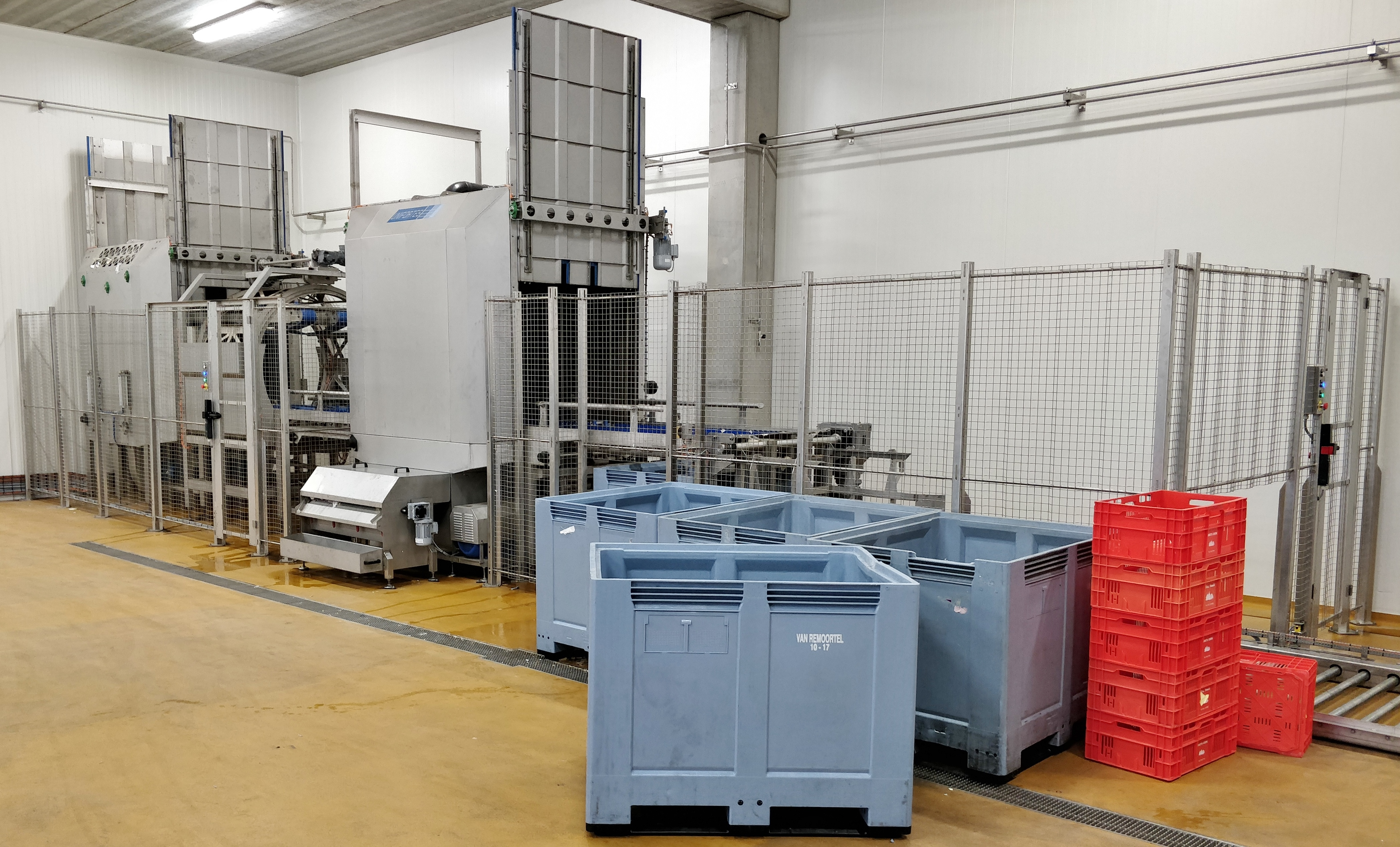 WASHING MACHINES FOR CONTAINER WASHERS